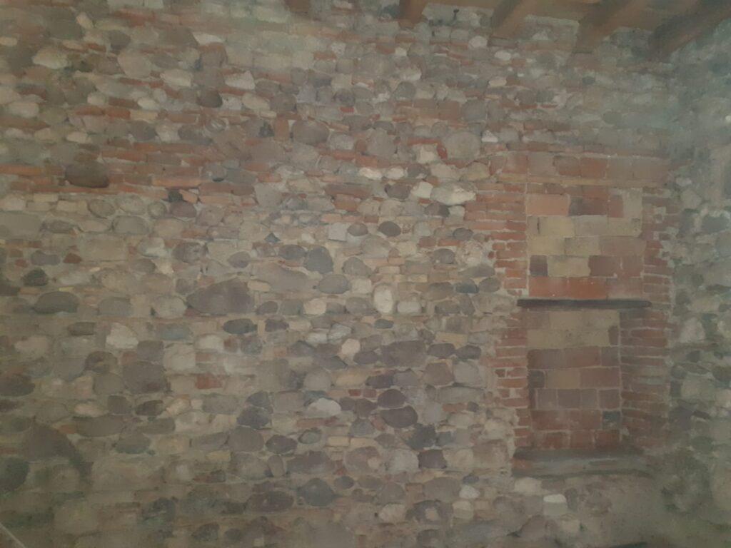 Sabbiatura parete in mattoni